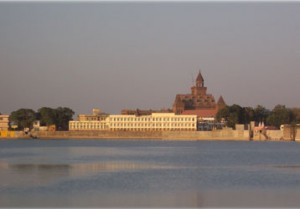 HAmisar Lake in Bhuj But Near Grand 3D is There Visit it Then Say What a Good And Life Style HAotel in Bhuj